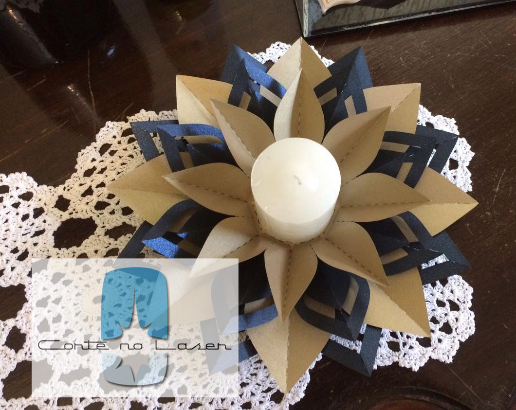 Enfeite de Mesa em papel Image
